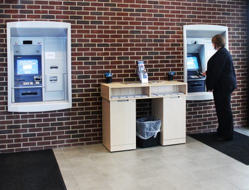 Technology won't replace customer service at area lenders