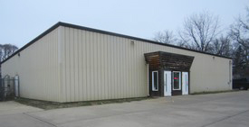 Visions by JDR is moving to N. Peoria Road building that formerly housed Fish Man Pet Center